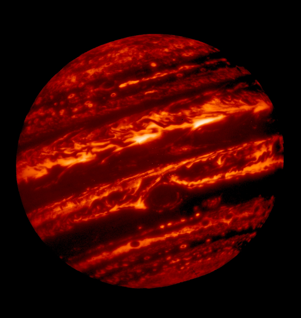 Jupiter glowing in infrared, heat left over from the planets formation 4.5 billon years ago. The gas giant radiates almost twice as much energy as it receives from the Sun. Credit: Gemini Observatory​/​AURA​/​NSF​/​UC Berkeley