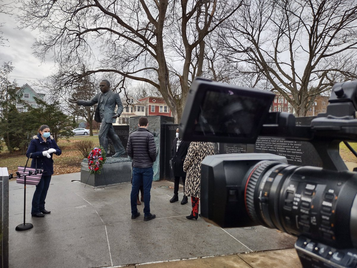 No better story to shoot on #MLKday than a wreath being placed at his monument in Albany. #news10abc #fox23news #photoglife