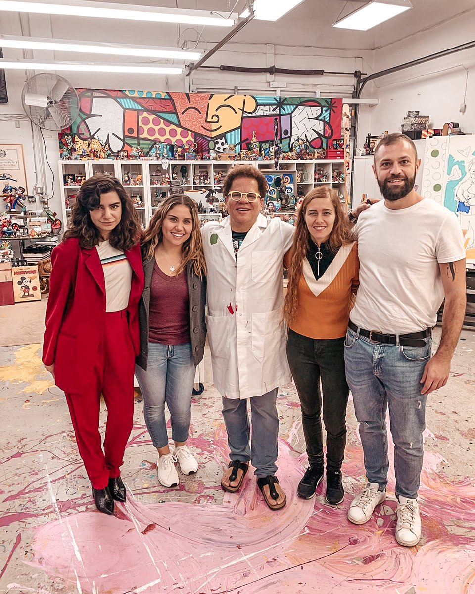 Such an amazing crew + people! Thank you to everybody that made this project a reality. - - - #crew ##filmmakinglife  #behindthescenes🎬 #romerobritto #filmcrewlicious #filmcrewlife