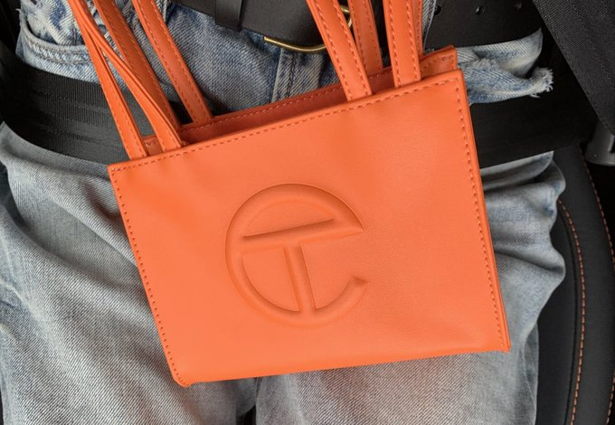 3 pic. I went to the zoo last week & was so excited to bring my little Telfar bag 😅🧡 https://t.co/XD