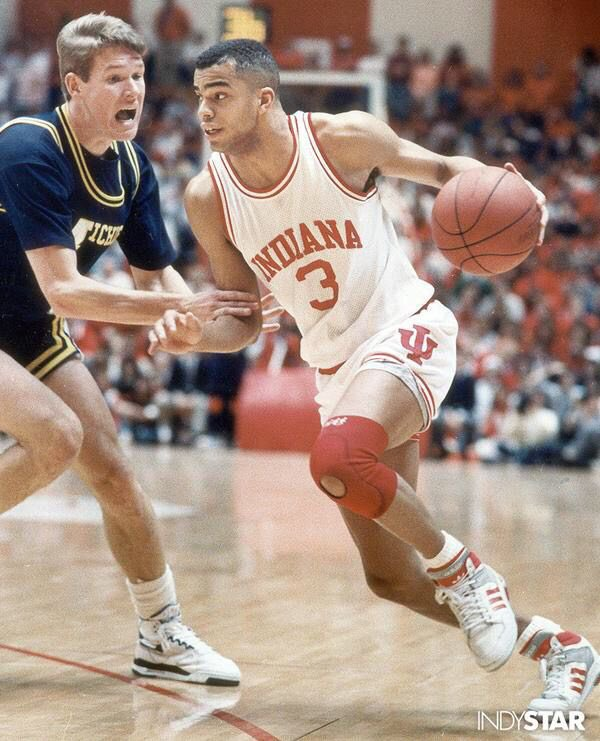 "Arguably the greatest shooter to ever lace'em up JAY EDWARDS stepped into the ""House"" to discuss his IU moments! Click the link, subscribe & leave a review please! #iubb #jayedwards #1989B1GMVP 👇🏾👇🏾👇🏾👇🏾👇🏾"
