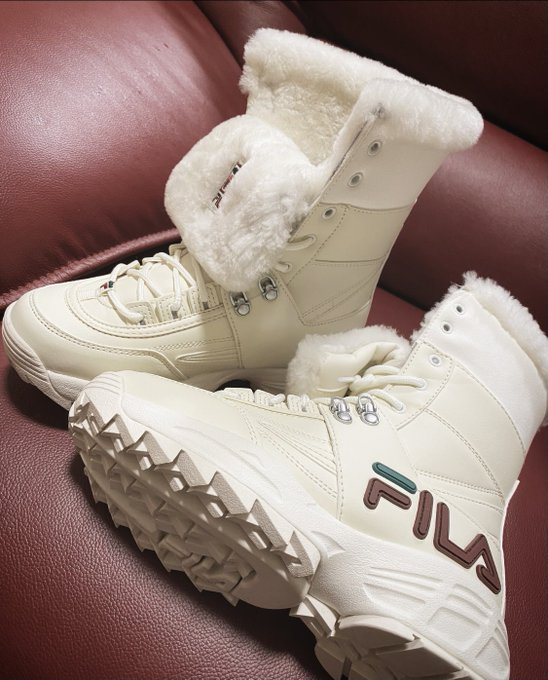 FILAのbootsげとん💖  #FILA #ボアboots https://t.co/VYok3IfqEt