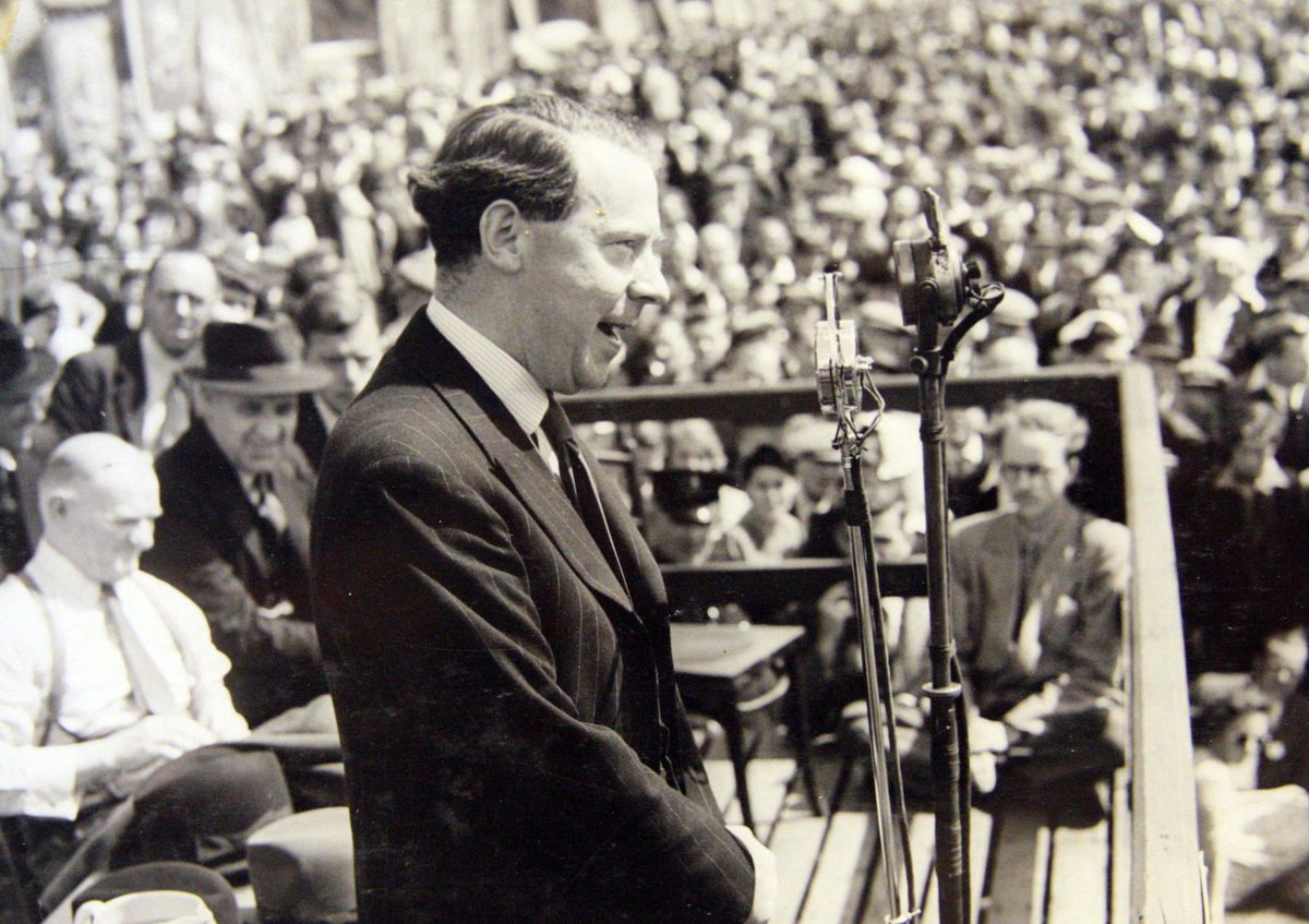 #OnThisDay in 1963: the death of Hugh Gaitskell, leader of the Labour Party, at the age of 56.  In 1961, he became the eight Labour leader to speak from the platform at the #DurhamMinersGala.