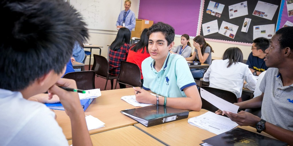 Our summer school programmes are designed to equip students with a blend of knowledge, skills and values in order for them to be successful agents of change in the world. #SummerSchool #GlobalSkills #StEdsSummer #StEdmundsSummer #EnglishLanguage #LearnEnglish #Summer #education