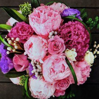 when looking  for beautiful flowers and fast reliable delivery Check out @flowerstationuk   👉   #webstory #flowers