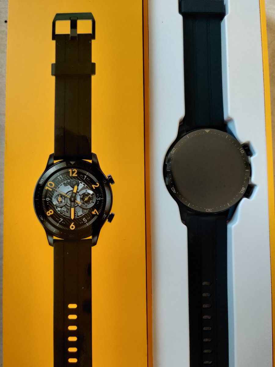 Dared To Leap !!  The design is so sleek !!  #realmewatchspro #Realme