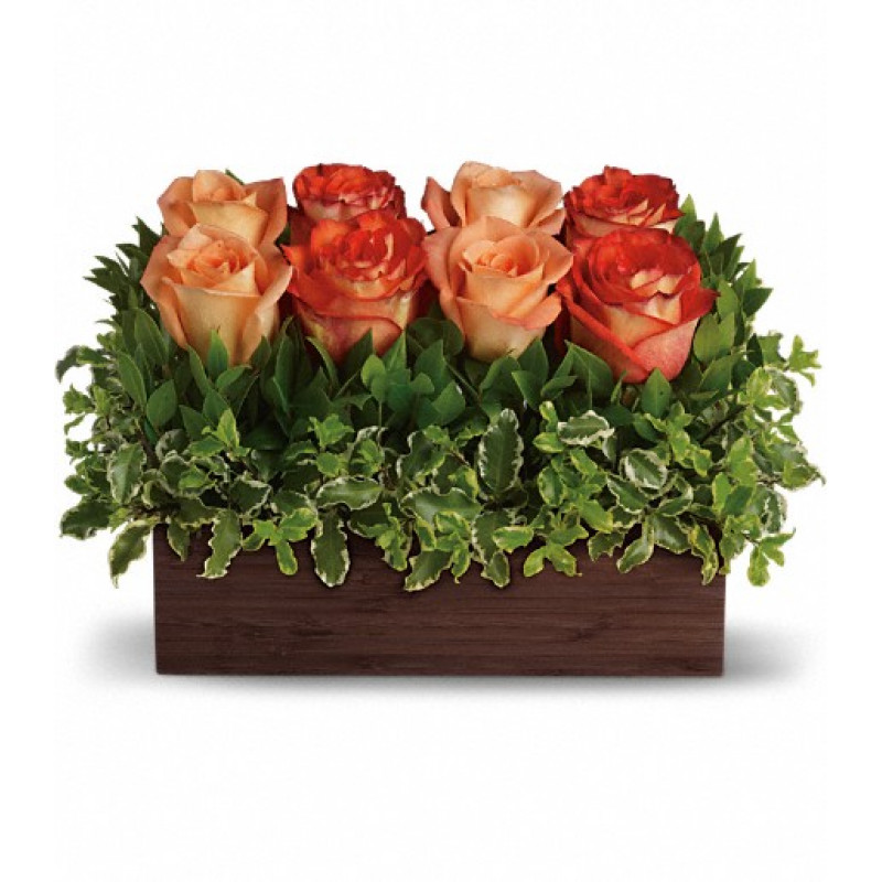 #UptownBouquet An arrangement worthy of your uptown girl, this one rocks! Modern without being trendy. Gorgeous without being girly. If your lady knows style, this is the gift for her. #roses #flowers #giftsforalloccasions #getwellflowers #busseysflorist
