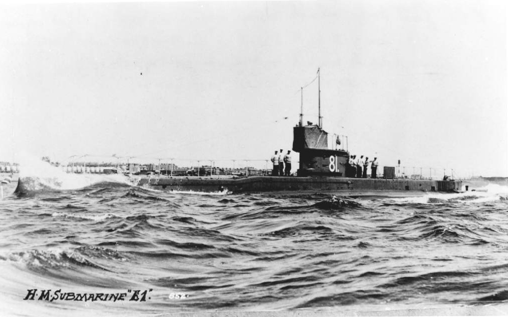 #otd 18 January 1915 - HMS E10, a British E class submarine was lost at sea.  Her complement was three officers and 28 men.  #lestweforget #Wewillrememberthem #Remembrance #Royalnavy #britishhistory #WWI   📷 HMS E1
