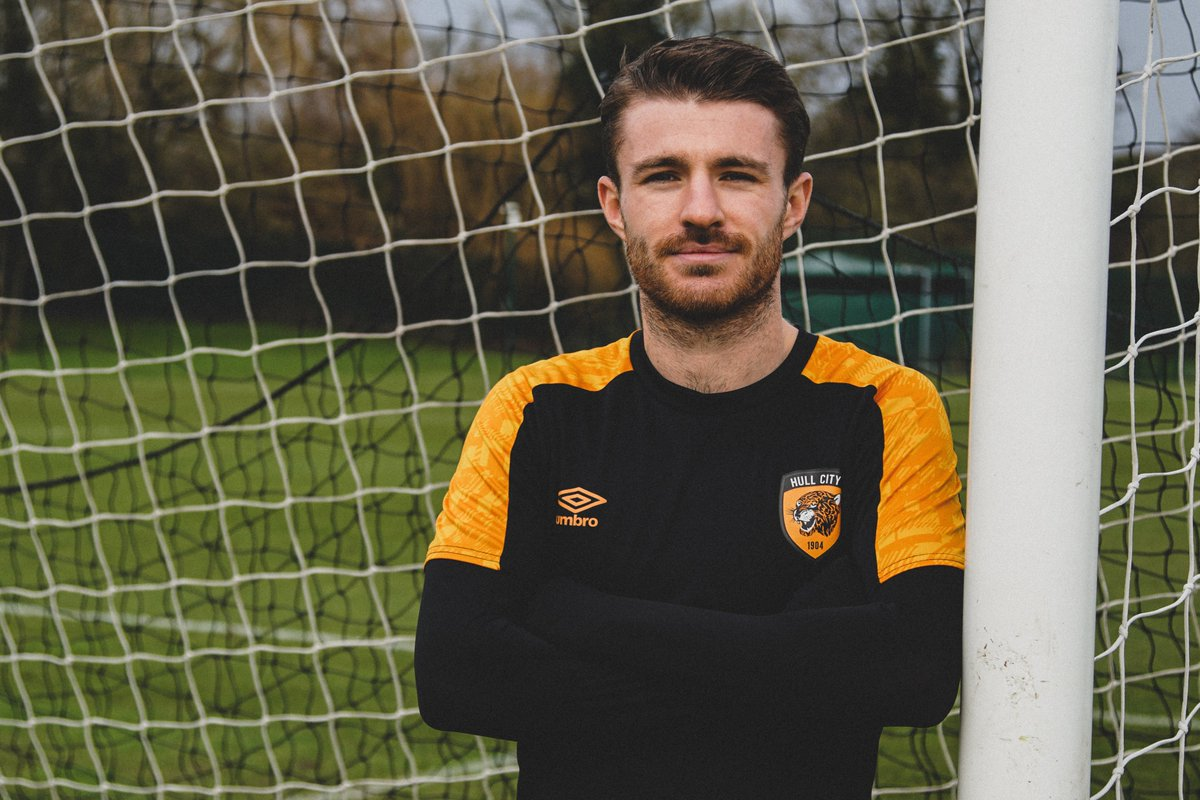 🤝 Welcome to Hull City, 𝐃𝐚𝐧 𝐂𝐫𝐨𝐰𝐥𝐞𝐲!  #hcafc |#theTigers