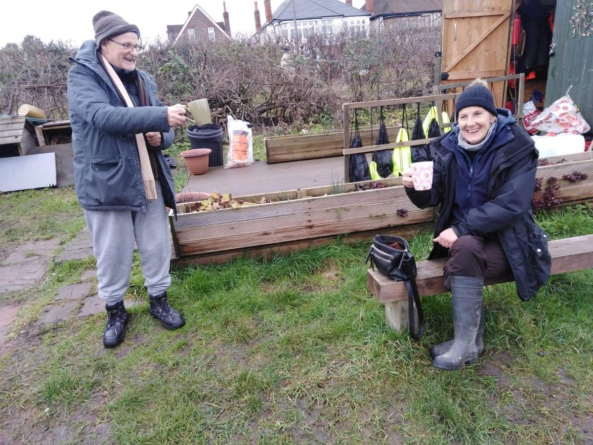 Socially distanced #BrewMonday #cuppa with our volunteers today. Preparing for the coming growing season and planting all the wonderful produce we grow and donate. @LutonSams @samaritans. A simple hello could change someone's day #lettucebekind #socialgardens
