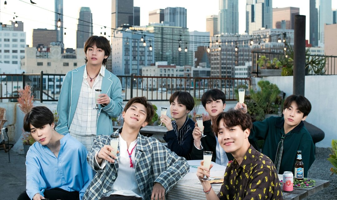 I joined Twitter only because of BTS. If it wasn't for them i wouldnt be here for sure.. 😁💜  #ReasonsYouJoinedTwitter #BTS  @BTS_twt