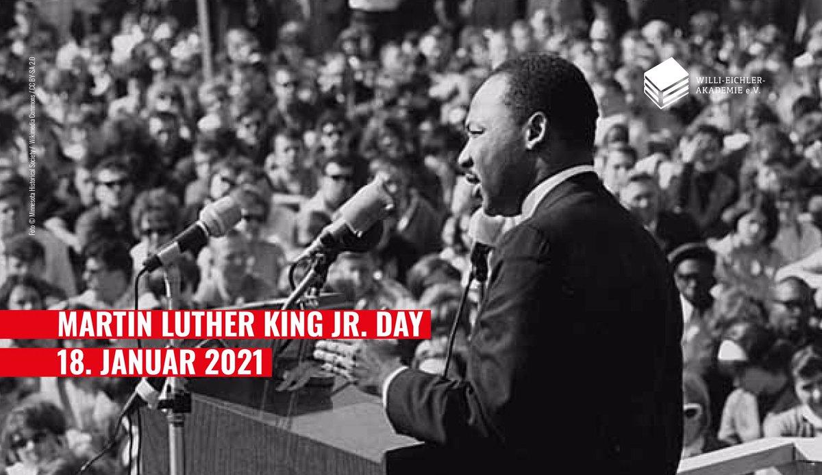 #MLKDay in der Woche der #Amtseinführung Joe Bidens – eine symbolische Terminnähe. Unter den Trump-Anhänger:innen, die das Capitol stürmten, waren viele White Supremacists. Sie haben die Demokratie & den Traum, für den Martin Luther King Jr. sich eingesetzt hat, angegriffen.