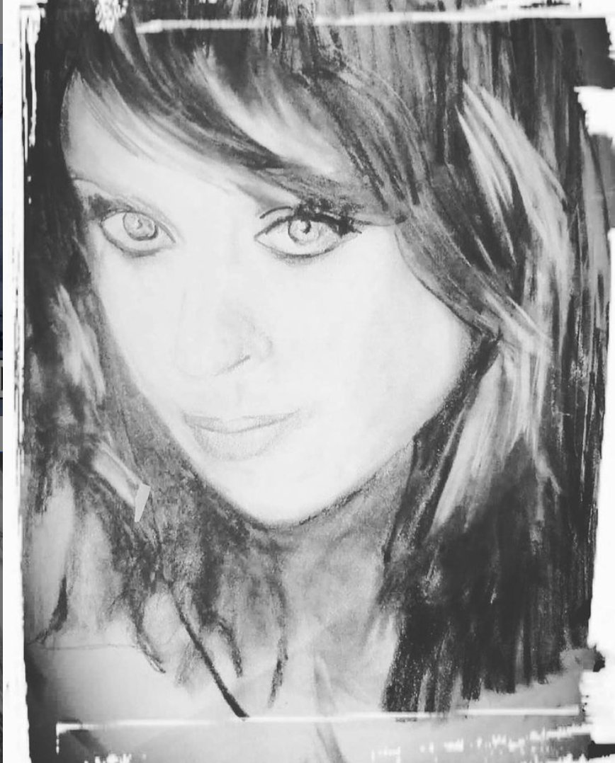 Thank you, Luisa Gatti for this beautiful pencil portrait of Sarah. Tag original artwork with #SarahBrightman for an opportunity to be featured on the website and social media channels! https://t.co/DiEZtknSRC