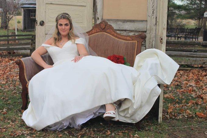 I DEFINITELY still need to get Gangbanged in my wedding dress lmfao!    I need to make this happen very
