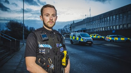 It's Monday again - which means it's time for the second episode of @Channel4's 999: What's Your Emergency? in South Yorkshire  Tonight the show focuses on the difficult subject of sexual offences and the support our officers can offer during the most distressing of times.