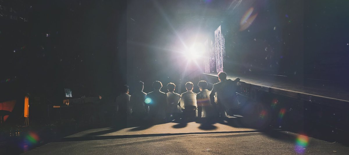 ถ้าหนังสือเล่มแรกชื่อว่า GOT7 เรื่องราวจากนี้ไปก็คือตอนพิเศษของพวกนายสินะ #Jaebeom #MarkTuan #Jackson #Jinyoung #Youngjae #BamBam #Yugyeom จะอยู่เคียงข้างไปจนสุดทางนะ💚 (Nothing is coming to an end, just a beginning :MT2021) #GOT7NewPage #GOT7FOREVER #IGOT7FOREVER