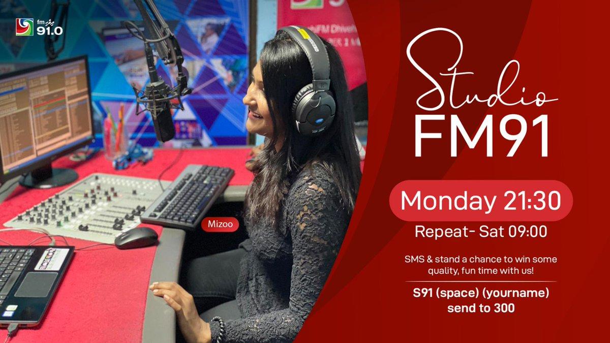 #ސްޓޫޑިއޯއެފްއެމް91  މިރޭ ވެސް ދިވެހިއެފްއެމްގެ ވަރަށް ގާތް އެހުންތެރިންކޮޅަކާއެކު. މި ފަހަރު ކޮންބައެއްބާ؟🤔😁 #StudioFM91 w/ RJ Mizu Tonight 👇only on @DhivehiFM https://t.co/WlpfI4wDgQ