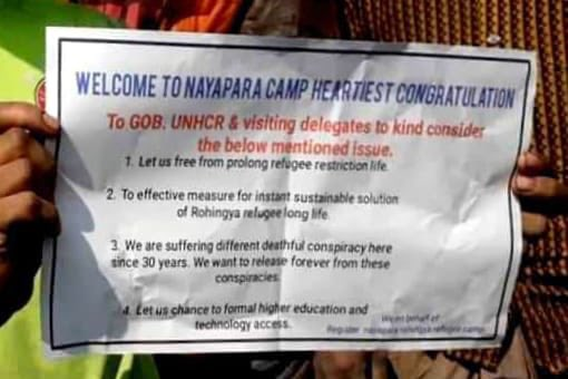 The #Rohingya welcome the help and attention. #Canada please prove the world sees what is happening. We, as humans are only as strong as the weakest among us. #genocide #BhasanChar https://t.co/B0nSAcsPHR https://t.co/AtEjAtpsSE