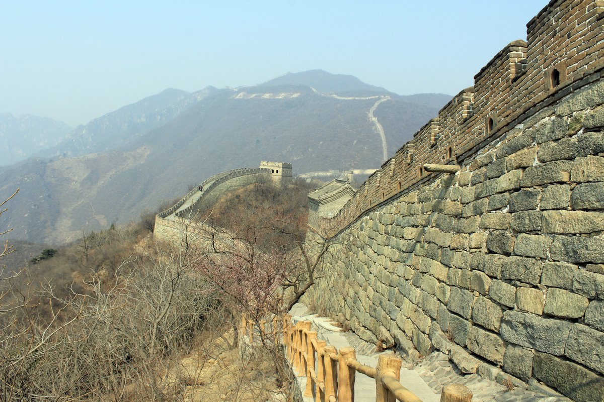 We went to the Great Wall of China in 2015 and it was everything i expected except for one thing I didn't expect, a feeling of belonging and when our short time was up I didn't want to leave but I did get some great images. #China #greatwall #History  #photooftheday #WONDER