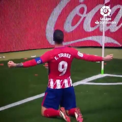 🔴⚪ Un doblete para decir adiós.   ✨ El #EibarAtleti siempre será un partido muy especial para @Torres.  #LaLigaSantander  #LaLigaHistory  #HayQueVivirla