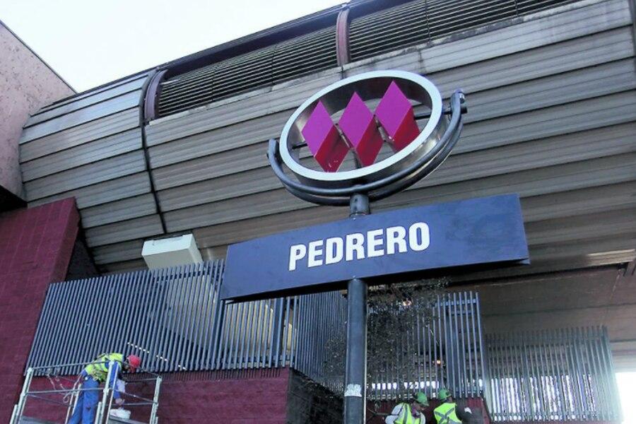 Corte de Apelaciones de Santiago anula fallo que absolvió a tío y sobrino acusados de incendio de la estación Pedrero del Metro y ordena nuevo juicio
