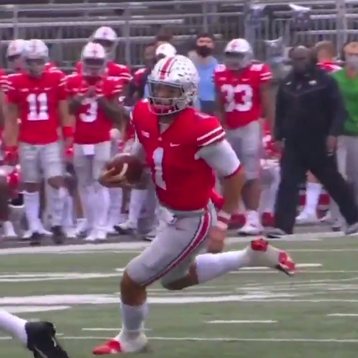 It's official: Justin Fields' next chapter is the NFL.  League's getting a special talent from Ohio State ♨️  (@DosEquis)