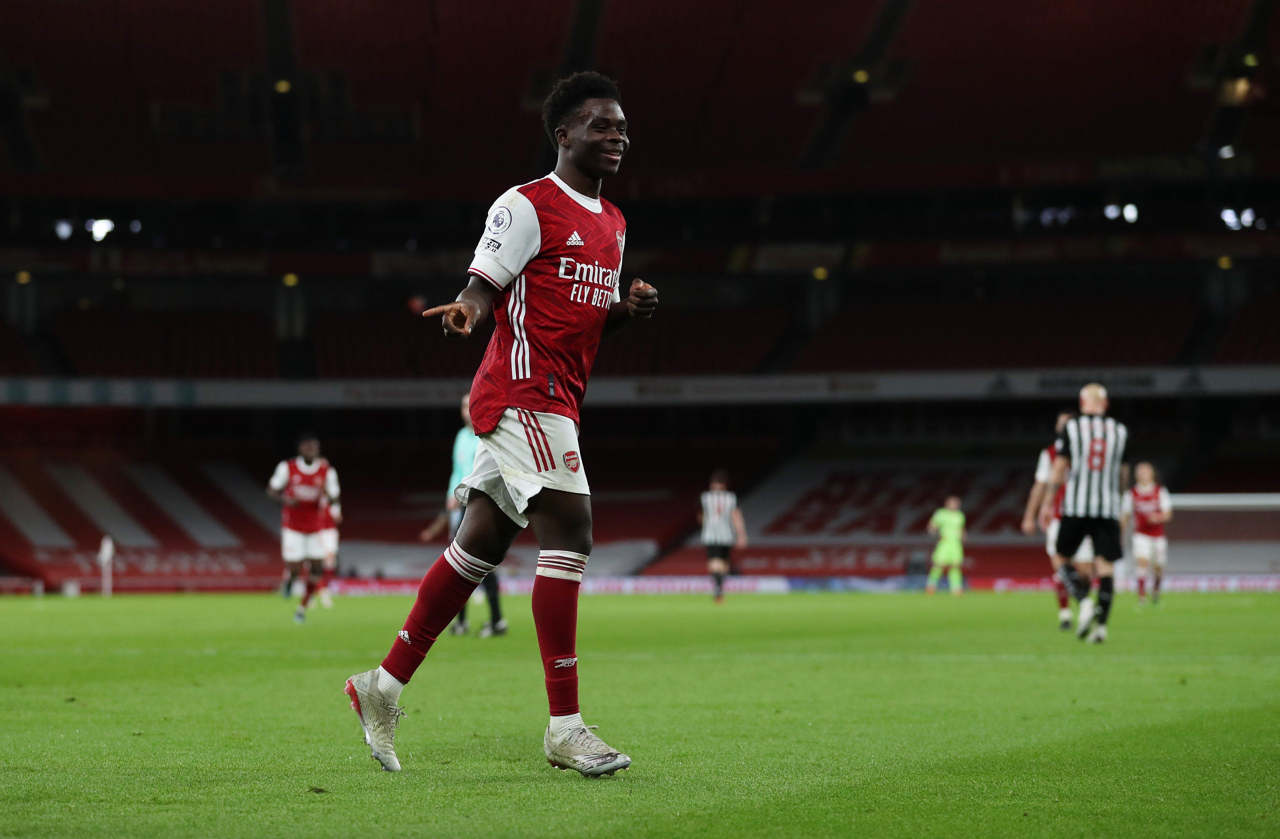Bukayo Saka celebrates his goal at Emirates Stadium