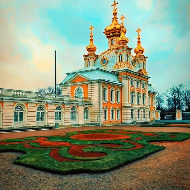A #beautiful scene at St. #Petersburg. #Russia Like, Share and comment for more #travelphoto #solotravel #traveltheworld #tasteintravel #travelpics #travelling #travellife #traveler #travels #traveller #travelblogger #traveling #travel #traveladdict #travelblog #travelphotography
