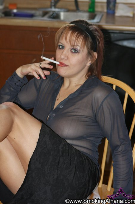 2 pic. As your Smoking Goddess, it is my pleasure to brighten your day. #busty #smokingmodel #dangle
