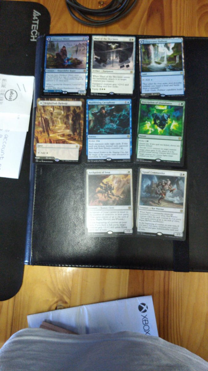 My LGS is legit starting to piss me off.... They got a box of Rising and so my buddy and I bought 3 packs (2 for me and 1 for him). Only after walking out and cracking them to find bulk, the GM sends me the attached photo of