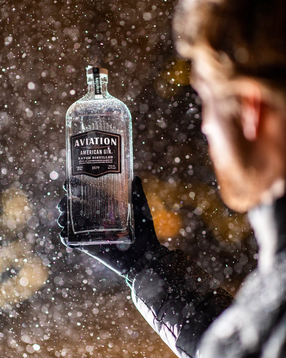 Doing our best to make sure our drinks stay nice and cold! New work shot for @AviationGin / @VancityReynolds #gin ❄️🍸