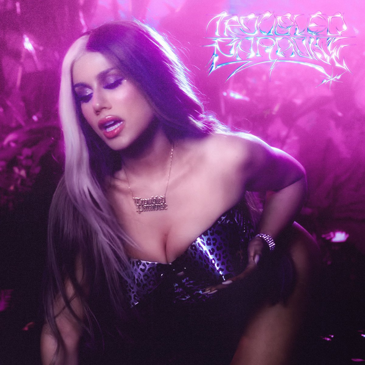 Replying to @slayyyter: new single. troubled paradise. out friday. 🌺
