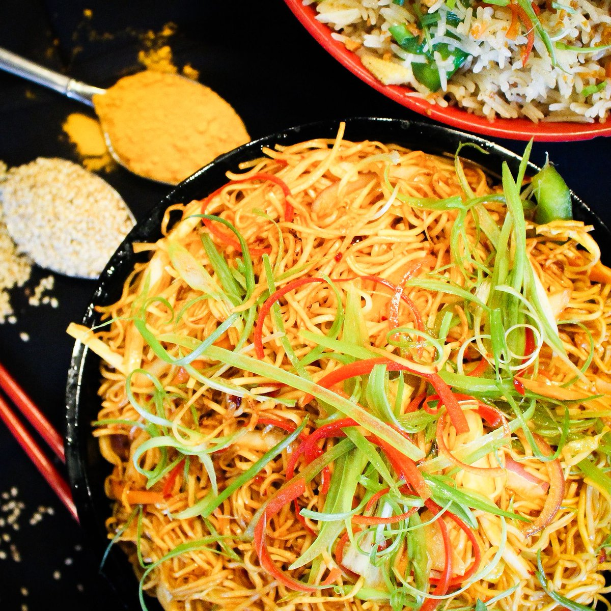 Never NOT thinking about noodles, hbu? 😍🥢  #bombaychopsticks #bombaychopsticksbyindiahouse #chicagorestaurants #Chicagoeats #Takeout #SaturdayVibes #NewSpecials #Monday #MondayMood #NapervilleIL #NapervilleBusiness #HoffmanEstatesIL #ChicagoEats #ChicagoFoodie #NapervilleEa ...