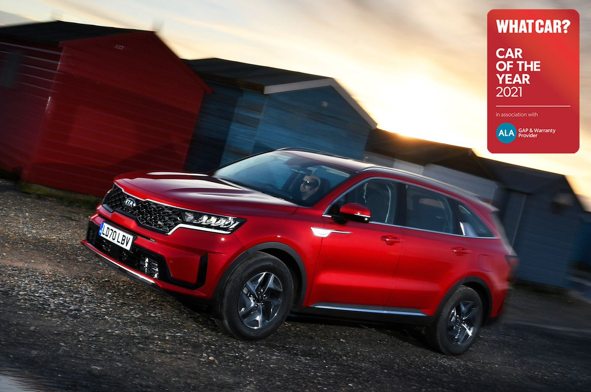 This all-new seven-seater is our #WhatCarAwards Large SUV of the Year. So, what makes the latest @KiaUK Sorento so good? 🤔  Head to our freshly updated review for the answer to that very question: https://t.co/7VgnuSf01F https://t.co/IZOQm8o3Em