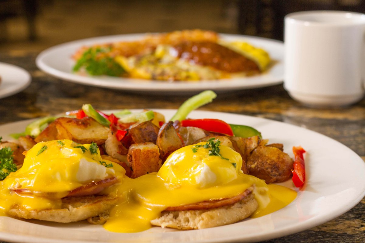 On a scale of 1 to yum, what's your top-scoring breakfast meal at Thunder Cafe? 🍳 🥞
