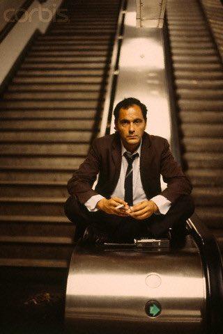 Je l'ai vu pour la 1ère fois dans le film «Subway»,qui révéla plusieurs acteurs ,où il était surnommé Batman depuis je n'ai raté aucun de ses rôles et ses réalisations,j'aimais son franc parler hors des plateaux je rêvais de le rencontrer!Merci Monsieur Bacri ! Reposez en paix 🙏🏼