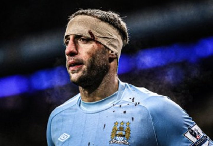 @City_Xtra @Sport_Witness Bring someone who knows what it means to play for City💙