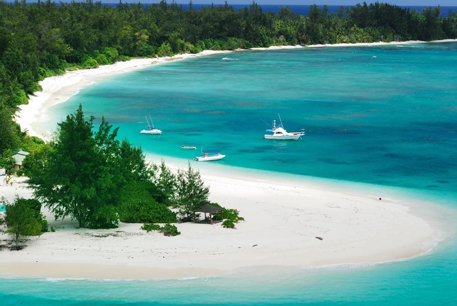 Seychelles faz reabertura gradual e com restrições aos turistas - Leia:  #seychelles #vacina #turismo