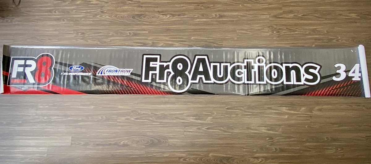 》GIVEAWAY《  With the announcement of @fr8auctions' expanded partnership, we've decided to giveaway this 2020 pit wall banner, which will be autographed by @Mc_Driver!  Simply retweet for your chance to win.  》A winner will be selected & notified tomorrow at 2 pm ET《