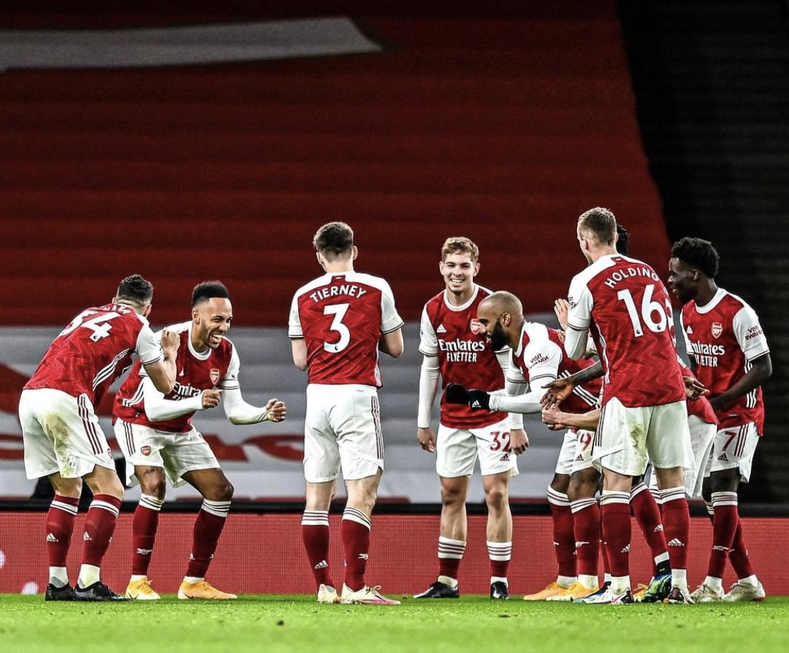 3 goals, 3 Points.  Excellent performance from Emile Smith Rowe, Saka, Auba, Partey.  #ARSNEW