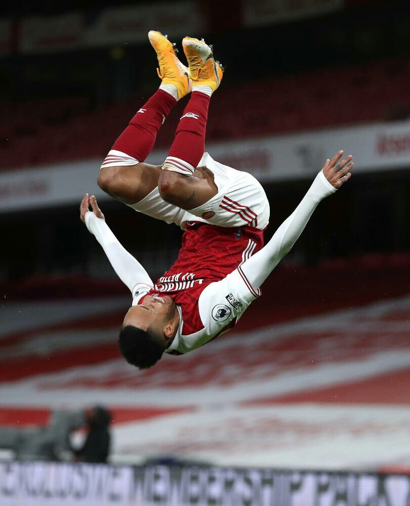 No way Aubameyang has same number of goals in one game as Martial this whole season🥺🥺 #ARSNEW