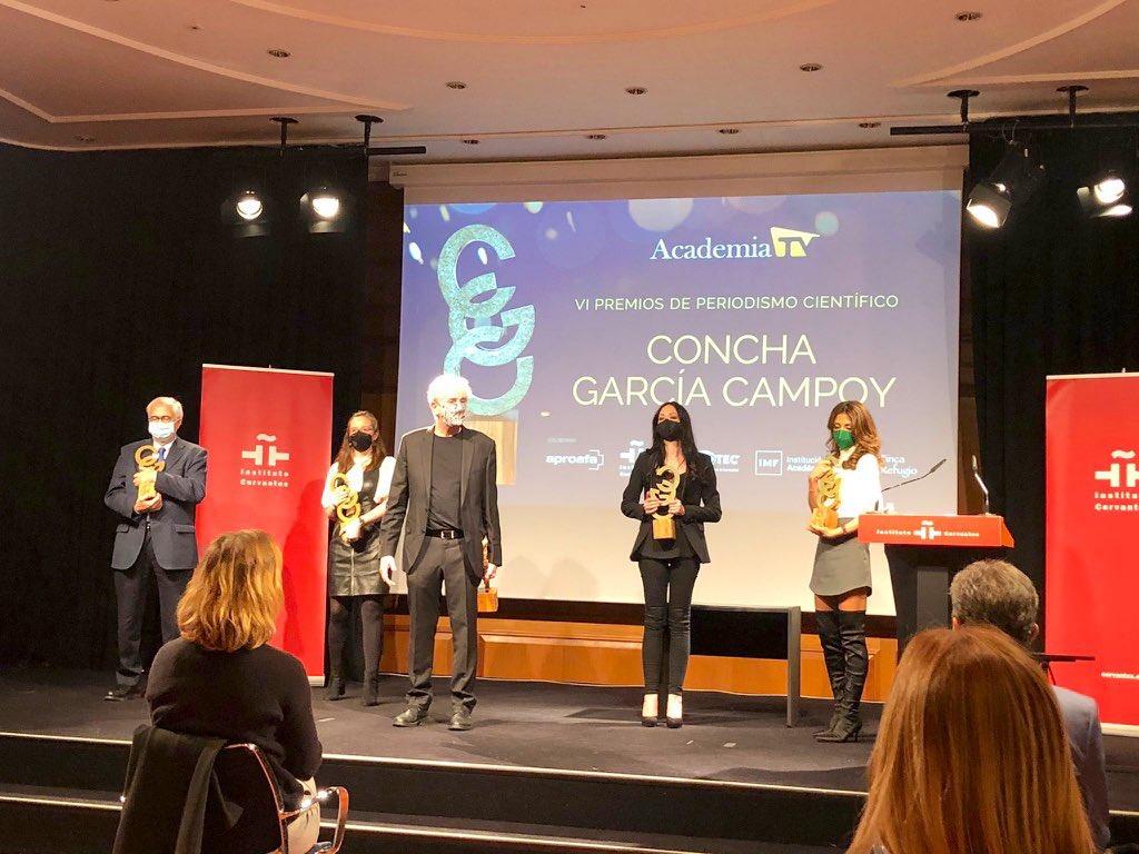 Mi más sincera enhorabuena a los galardonados hoy con los Premios de Periodismo Científico #ConchaGarcíaCampoy de la @academia_tv. Gracias por acercar la ciencia a la ciudadanía de forma rigurosa, accesible y atractiva. #PremiosCGC