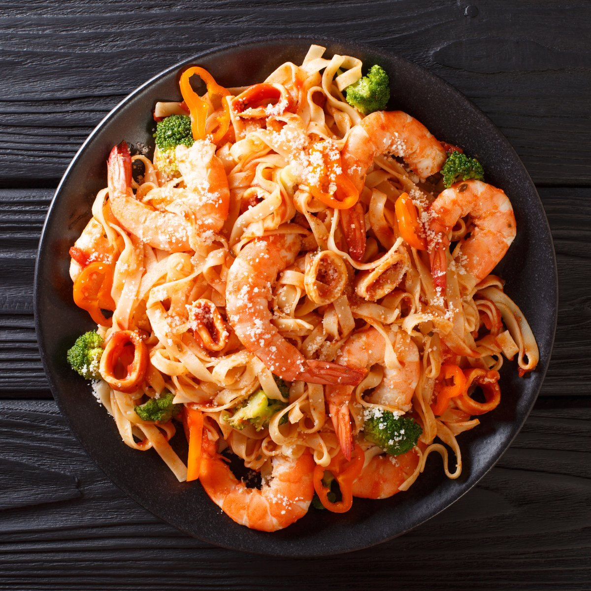 Monday comfort: pasta with seafood 😍 Shop premium seafood at >>   #seafood #food #foodie #london #fish #instafood #foodstagram #delicious #foodblogger