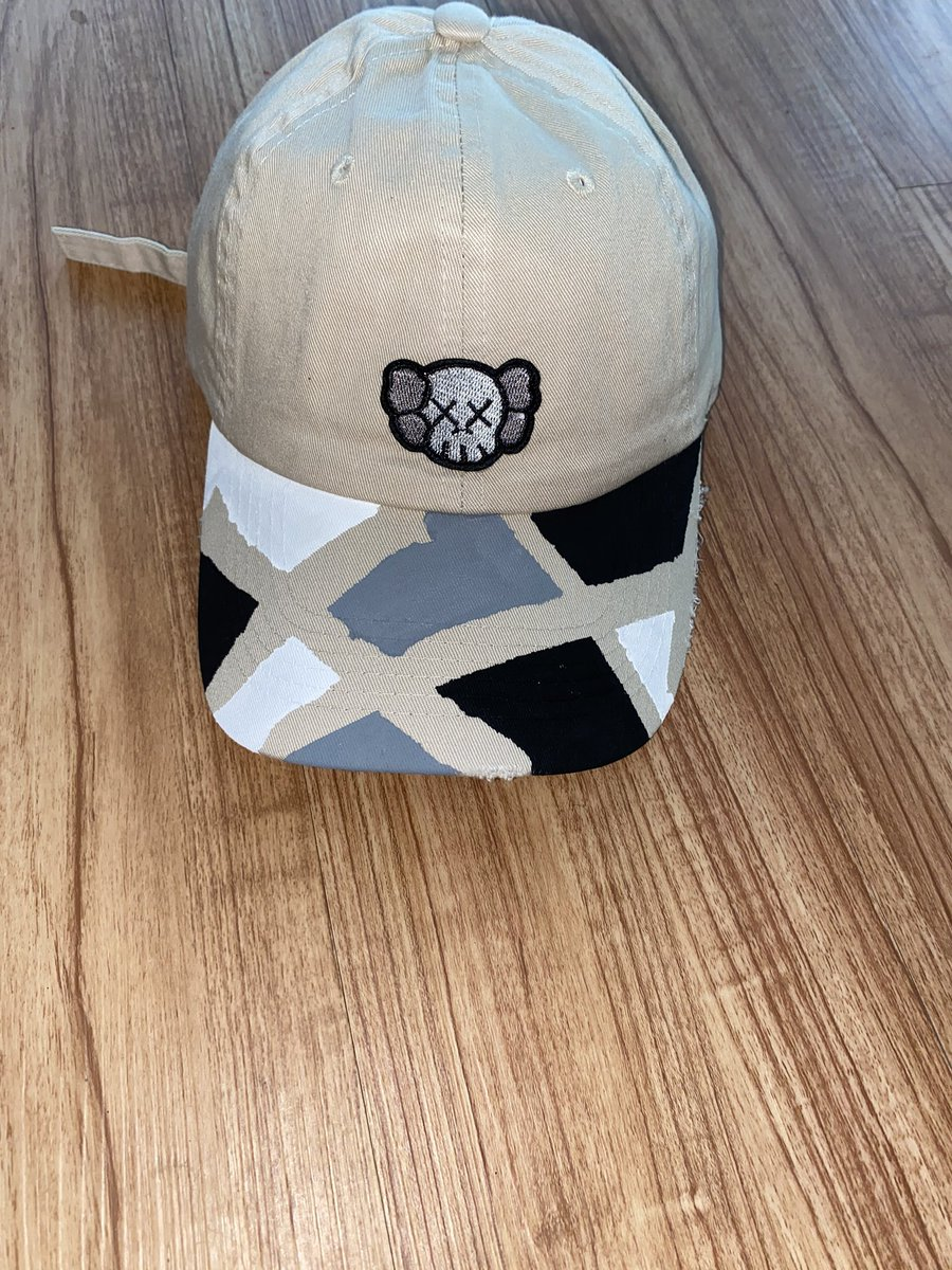 PaTcheeZ #KAWS Abstract Hat available for Purchase 🔥 Dm for Order Information 😀 #Patcheez #Patches #KAWS  #AllCustoms #BeOriginal #BeDifferent #Staytuned #Letsgo