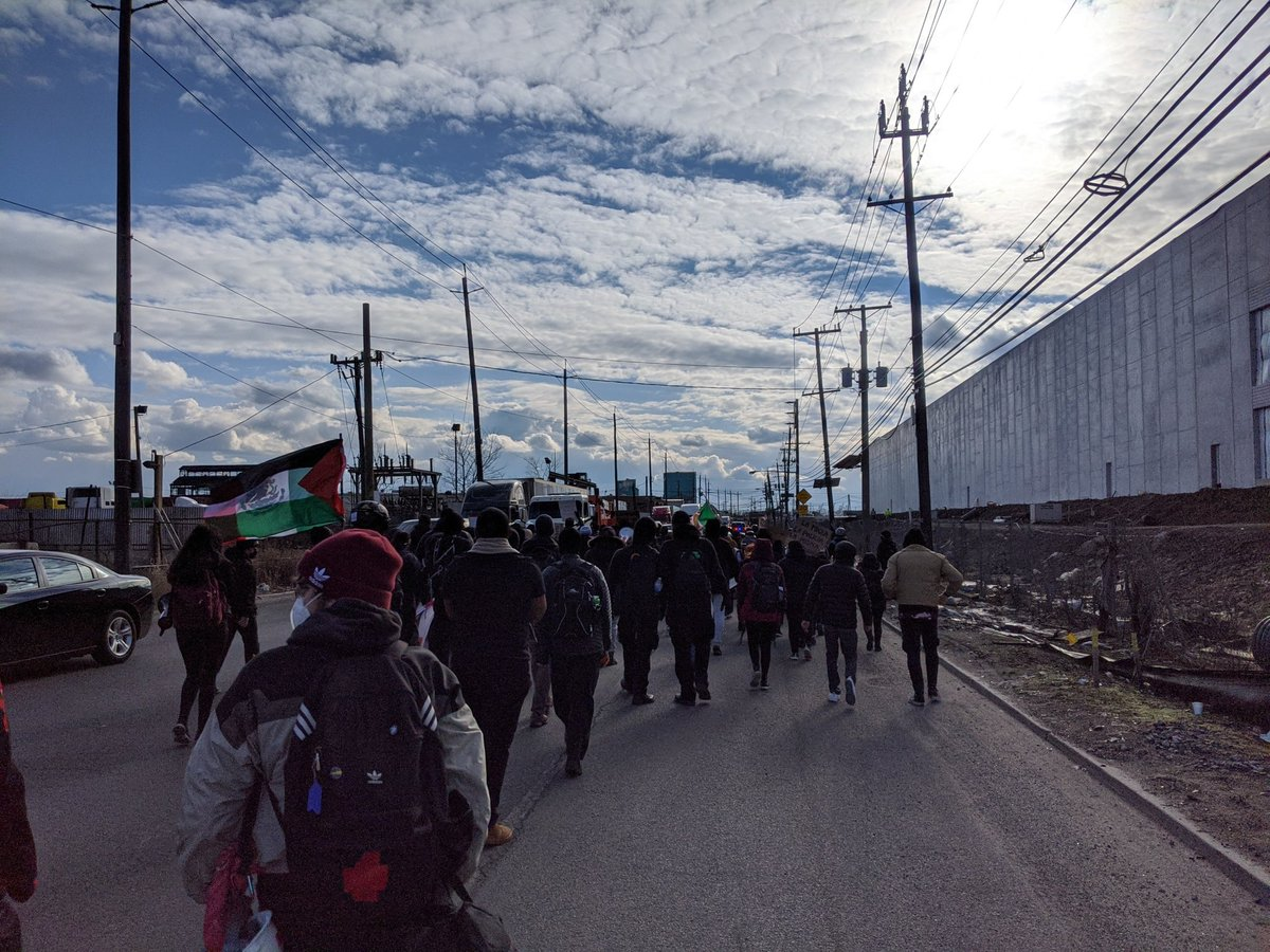 MLK Day protest: against NJ Democrats collaborating with ICE, in solidarity with all held in carceral cages. March from Hudson Co jail to Essex  #AbolishICE #FreeThemAll @abolishICE_nynj @NorthNJDSA @RW4BL_ @mattkatz00 @MonsyAlvarado @HeinisHardNews @karen_yi