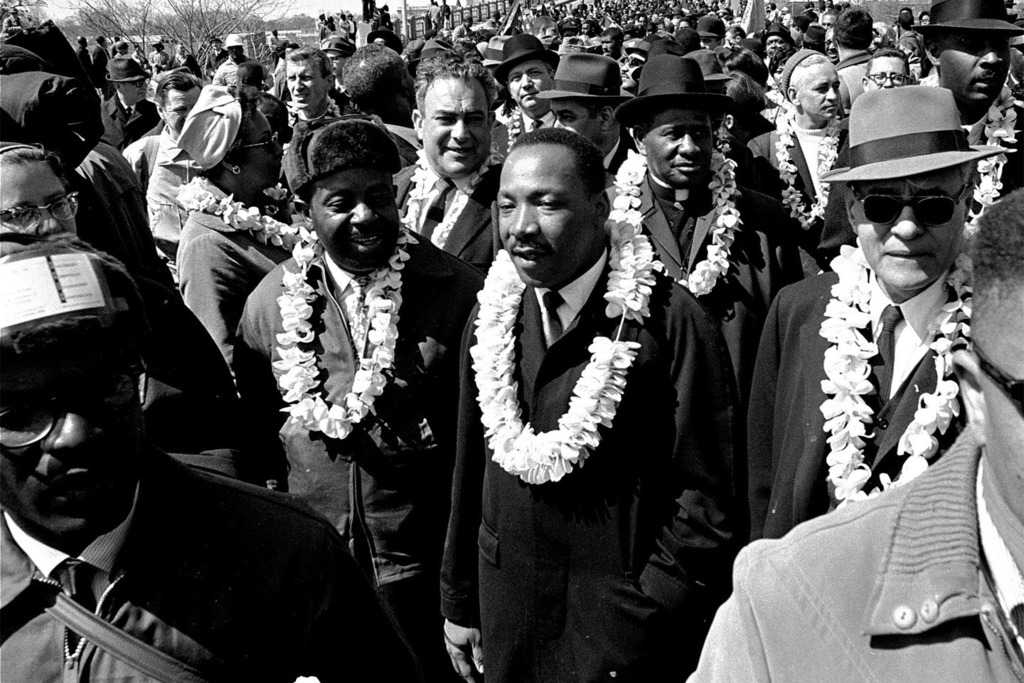 """""""Darkness can not drive out darkness, only light can do that. Hate cannot drive out hate, only love can do that."""" —Martin Luther King Jr.  Photo credit: AP  #peace #equality #love #mlkjr #inspire #mlkday #aloha"""
