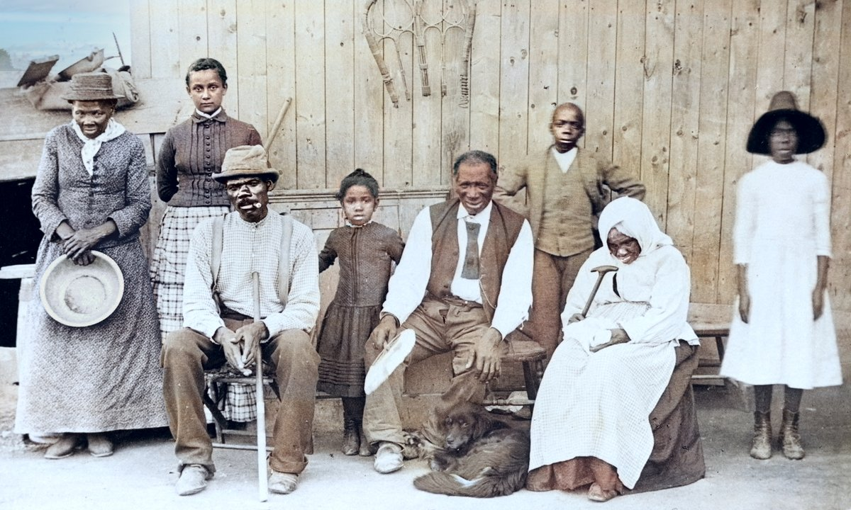Harriet Tubman and some of the former slaves that she rescued. Restored.  #MLKJr #MartinLutherKingDay #MartinLutherKingJr #MartinLutherKingJrDay @JoeBiden #TrumpTreason