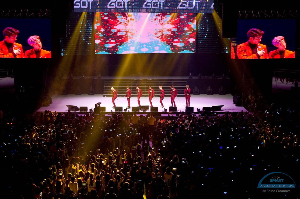 """7 or never, 7 or nothing.""   Sending love to all the PH ahgases out there 💚  #GOT7 #FlashbackTuesday #TheBigDome"