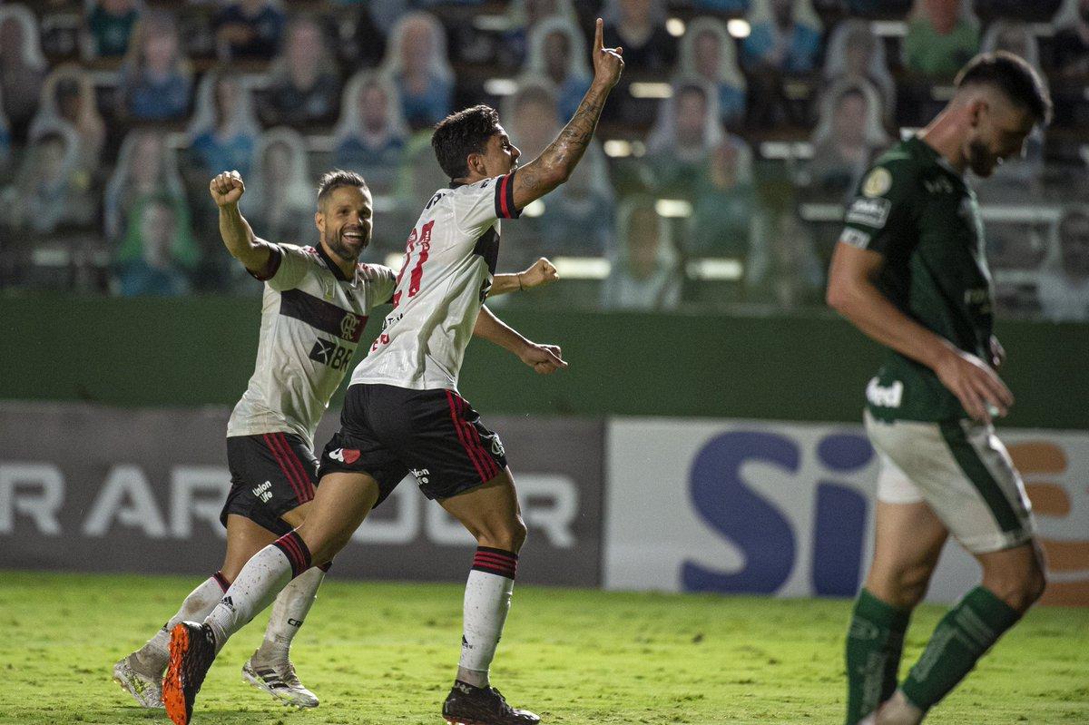 O @Pedro9oficial é brabooo demais!   22 gols em 45 jogos na temporada! Aulas, artilheiro! 👏👏👏  #CRF #VamosFlamengo  📸 @AlexandreVidal1 / CRF