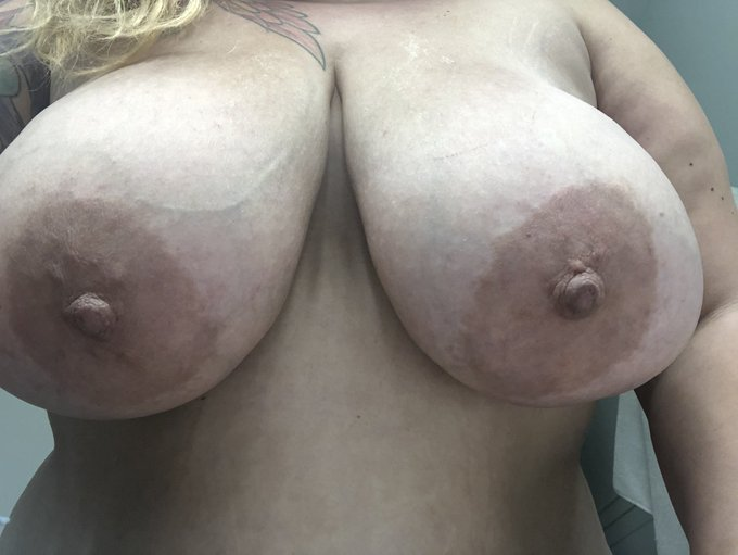 2 pic. I love when your face is attracted to my giant tits, like the gravitational pull of planets. https://t